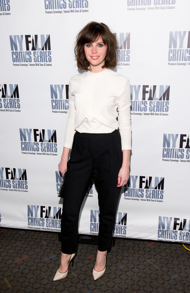 Felicity Jones Clothes