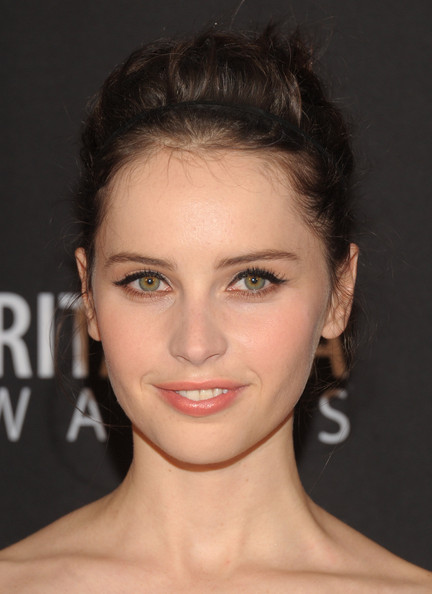 Felicity Jones Bobby Pinned updo