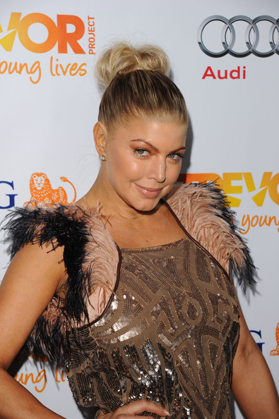 Fergie Hair Knot