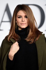 Maria Menounos looked gorgeous wearing her hair in chic layers during the UK premiere of 'Fifty Shades of Grey.'