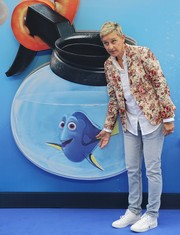Ellen DeGeneres teamed her jacket with a pair of light-wash jeans.