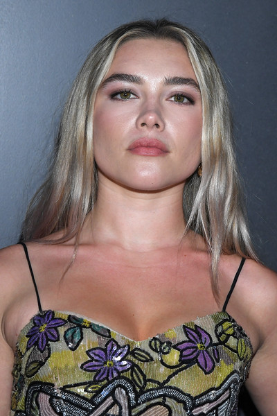 Florence Pugh Long Center Part