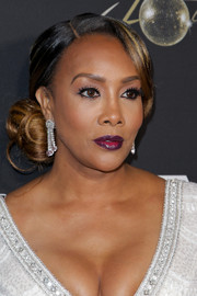 Vivica A. Fox styled her hair into a glamorous side chignon for Floyd Mayweather's 40th birthday celebration.