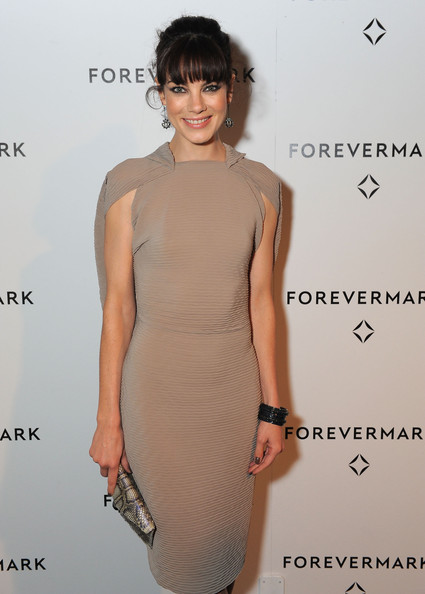 More Pics of Michelle Monaghan Envelope Clutch  (1 of 3) - Michelle Monaghan Lookbook - StyleBistro [michelle williams,michelle monaghan,nominee,forevermark hosts private dinner to honor academy award,academy award,california,los angeles,chateau marmont,forevermark,dinner]