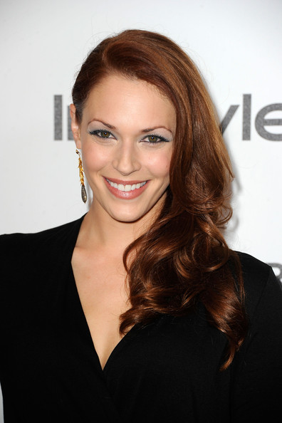 More Pics of Amanda Righetti Metallic Eyeshadow (1 of 7) - Amanda Righetti Lookbook - StyleBistro