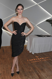 Coco Rocha was classic and chic in a strapless, sweetheart-neckline LBD at the Forevermark Tribute event.
