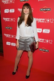Maria Botto opted for a sequined silver skirt to added some spice to her red carpet look at the Fotogramas Awards.