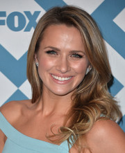 Shantel VanSanten looked oh-so-pretty at the Fox All-Star party with her bouncy waves.