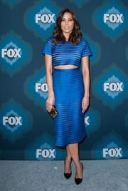 Michaela Conlin's cobalt pencil skirt and matching crop-top were a cool and trendy pairing.