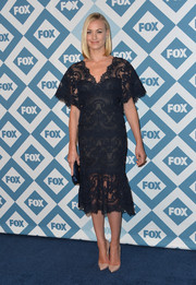 Yvonne Strahovski went for a classic, ladylike vibe with this black lace LBD at the Fox All-Star party.
