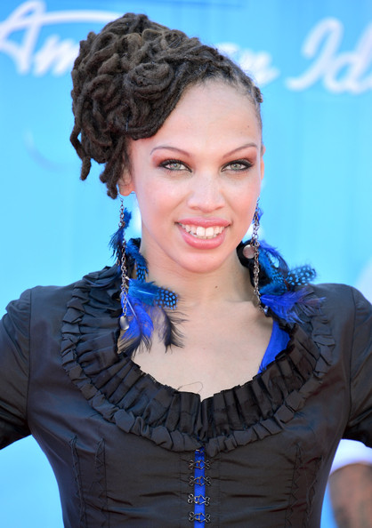 More Pics of Naima Adedapo Bobby Pinned updo (1 of 10) - Bobby Pinned updo Lookbook - StyleBistro