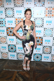 Virginia Kull made a sexy-sweet statement with this tight-fitting floral frock at the Fox Summer TCA All-Star Party.
