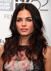 Jenna Dewan-Tatum styled her hair into loose waves with a centre part at the 52nd New York Film Festival.