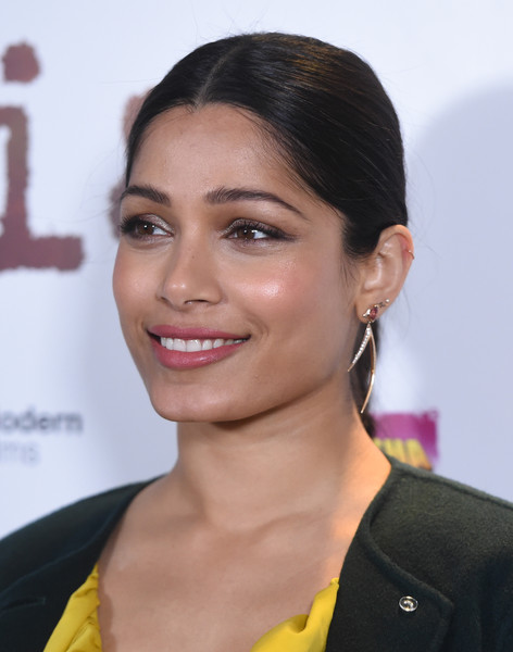 Freida Pinto Dangling Diamond Earrings [love sonia,hair,face,hairstyle,eyebrow,chin,lip,beauty,forehead,cheek,black hair,red carpet arrivals,freida pinto,uk,england,london,curzon bloomsbury,premiere]