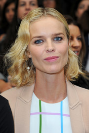 Eva Herzigova sported short spiral curls at the Mary Katrantzou fashion show.