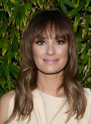 Catt Sadler wore a casual yet cute wavy hairstyle with eye-skimming bangs during the GANT Rugger collection presentation.