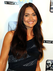Jessica Chobot showed off her long curls while hitting the Comic Con event.