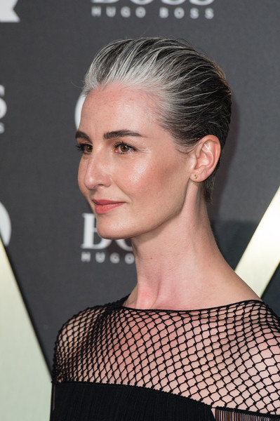 More Pics of Erin O'Connor Short Straight Cut (1 of 3) - Erin O'Connor Lookbook - StyleBistro [hair,hairstyle,face,eyebrow,chin,beauty,blond,quiff,crop,ear,red carpet arrivals,erin oconnor,supermodel,gq men of the year awards,hairstyle,hair,model,hair,face,tate modern,erin oconnor,hairstyle,model,2019 americana honors and awards,photography,fashion,fashion model,long hair,supermodel,layered hair]