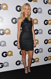 Erin Heatherton can stun in the simplest of dresses!
