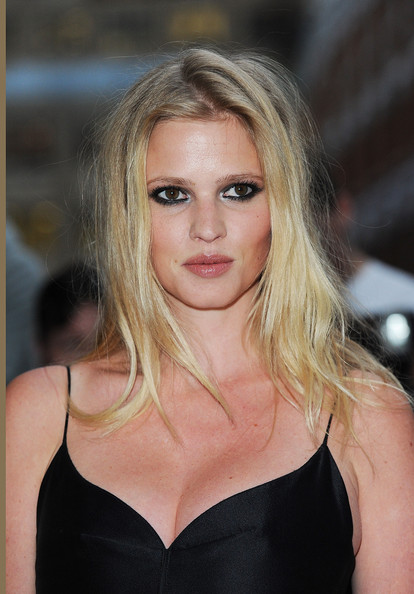 More Pics of Lara Stone Smoky Eyes (1 of 14) - Lara Stone Lookbook - StyleBistro