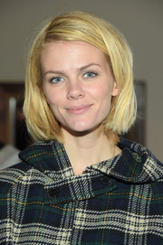 Brooklyn Decker wore a casual bob at the 'Results' cast party.