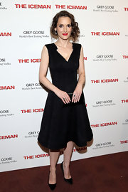 Winona Ryder looked sleek and stunning in a V-neck LBD, which she wore to the NYC screening of 'The Iceman.'