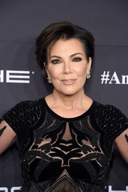 Kris Jenner sported her signature short side-parted cut at the Angel Ball 2016.