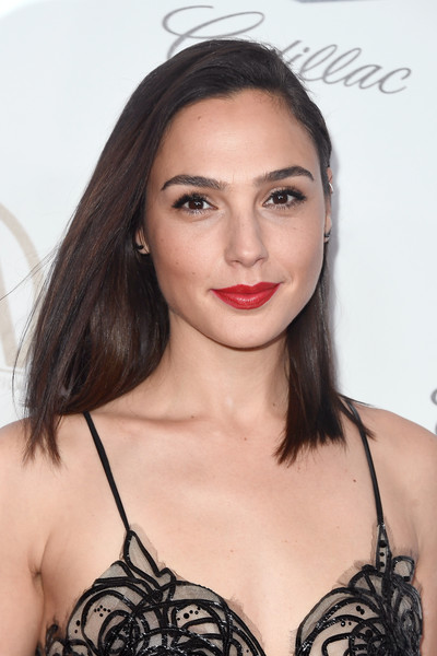 Gal Gadot Red Lipstick [beauty,fashion model,human hair color,eyebrow,shoulder,hairstyle,black hair,long hair,model,brassiere,arrivals,gal gadot,the beverly hilton hotel,beverly hills,california,annual producers guild awards]