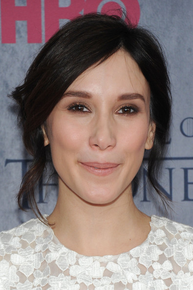 Sibel Kekilli opted for a messy-chic loose updo when she attended the 'Game of Thrones' season 4 premiere.