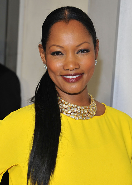 Garcelle Beauvais Gold Collar Necklace [hair,hairstyle,eyebrow,yellow,beauty,lip,forehead,black hair,smile,long hair,tom ford cocktails in support of project angel food,garcelle beauvais,tom ford,support,california,beverly hills,project angel food,cocktail event]