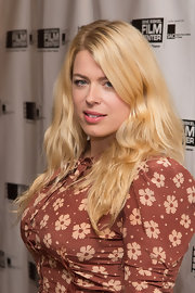 Amanda de Cadenet opted for subtle, natural waves for the Gene Siskel Film Center Gala.