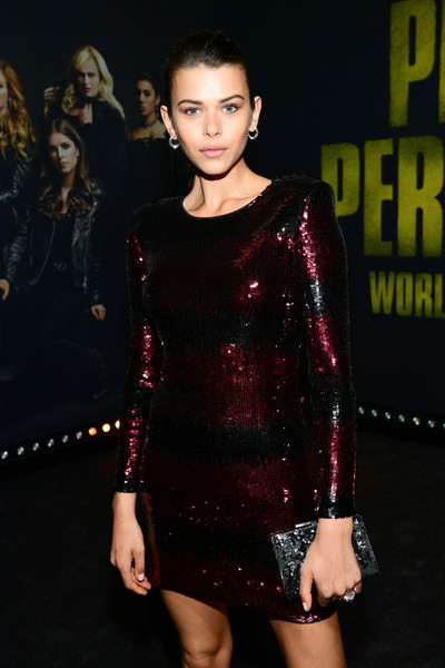 Georgia Fowler Sequined Clutch [pitch perfect 3,fashion model,clothing,fashion,dress,shoulder,cocktail dress,fashion show,lip,little black dress,joint,georgia fowler,california,hollywood,dolby theatre,universal pictures,red carpet,premiere,premiere]