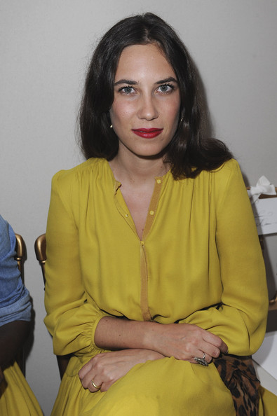 Tatiana Santo Domingo's deep red lipstick was a sexy choice of lip color.