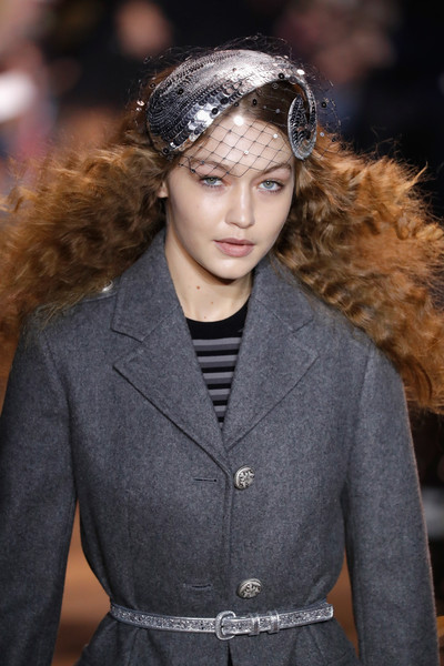 Gigi Hadid Fascinator [michael kors collection fall 2019 runway show,hair,fashion,hairstyle,fashion model,runway,fashion show,haute couture,headgear,long hair,fur,gigi hadid,runway,fashion,hair,hairstyle,fashion model,fashion design,runway,fashion show,gigi hadid,new york fashion week,runway,fashion show,fashion week,london fashion week,fashion,model,supermodel,fashion design]