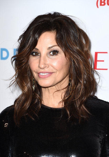 Gina Gershon Medium Wavy Cut