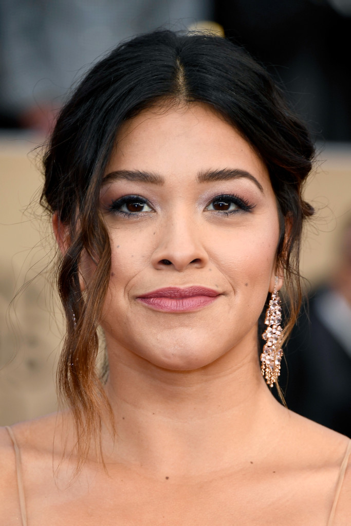 Gina Rodriguez Nude Photos 78