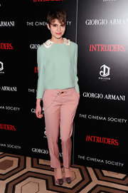 Sami Gayle went for some retro flair with a boxy blue cropped jacket.