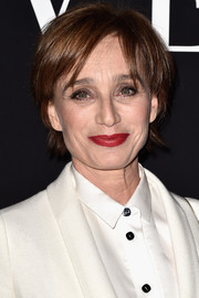 Kristin Scott Thomas made an appearance at the Giorgio Armani Prive show wearing a simple short 'do.