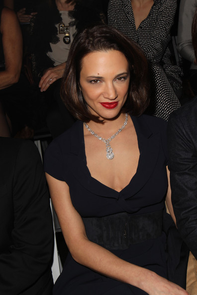 Asia Argento styled her Armani fashion show look with a diamond studded necklace.