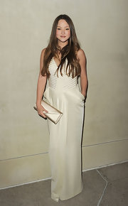 Devon Aoiki looked elegant in a white column dress with a faux wrap design at the 'Vanity Fair' private dinner in LA.