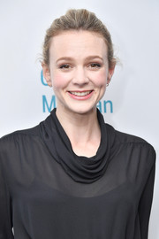 Carey Mulligan sported a casual updo at the 'Girls & Boys' Off-Broadway opening night.