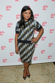 Mindy Kaling attended the Girls Inc. celebration wearing a lightning-print knit top by Kenzo.