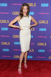 Alysia Reiner finished off her outfit in colorful style with a pair of two-tone Isola Irisa pumps.