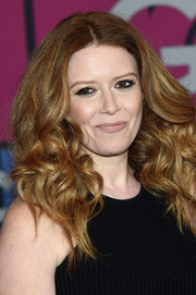 Natasha Lyonne attended the 'Girls' season 4 premiere wearing her signature lush curls.