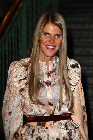 A long diamond tennis necklace added major elegance to Anna dello Russo's outfit.