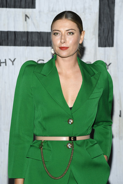 More Pics of Maria Sharapova Pantsuit (1 of 4) - Maria Sharapova Lookbook - StyleBistro [green,clothing,fashion,outerwear,hairstyle,fashion model,fashion design,jacket,sleeve,blazer,summer 2020,maria sharapova,front row,part,givenchy womenswear spring,paris,france,givenchy,paris fashion week,show]