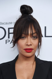 La La Anthony attended the 2017 Glamour Women of the Year Awards wearing a cross between bedhead and a top knot.