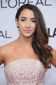 Aly Raisman wore her hair loose and swept to the side at the 2017 Glamour Women of the Year Awards.