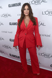 Ashley Graham donned a red Prabal Gurung pantsuit with split bell sleeves for the 2017 Glamour Women of the Year Awards.