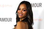 Zoe Saldana emphasized her lovely eyes with a few sweeps of violet shadow and amethyst liner at 'Glamour' Reel Moments 2011.